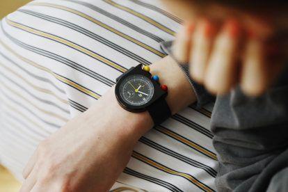 花も実もある《リップ》の腕時計【FUDGE GIRLのためのアクセサリークリップス】