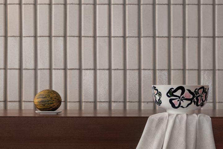 """マリメッコの人気テーブルウェア""""Oiva"""" の10周年記念イベントが開催!貴重な手描きアート入りコレクション全12点が表参道店で限定発売"""