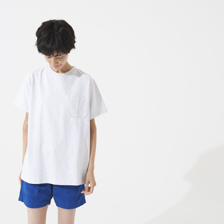 とっておきのTシャツとキャップで、夏のアメカジスタイルを楽しんで