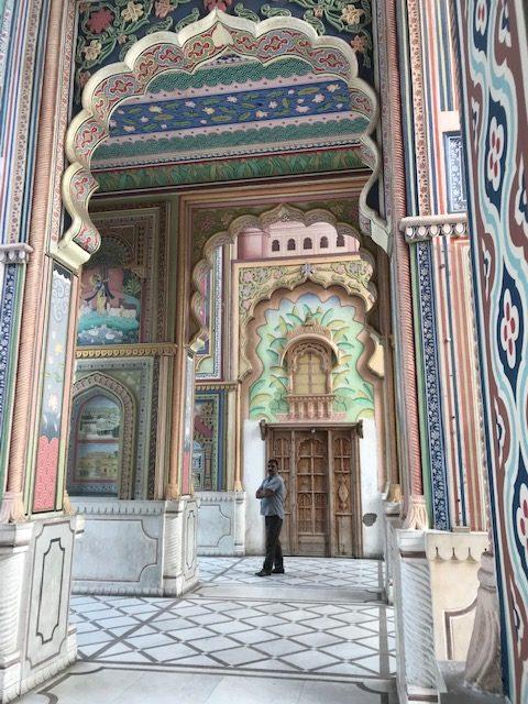はじめまして、インド。ADER.bijouxデザイナー英里・リストリのパリ日記