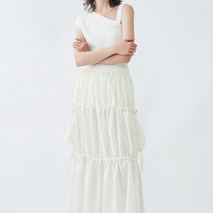 日本のセレクトショップ《aquagirl(アクアガール)》が、人気ブランド《THE RERACS(ザ・リラクス)》、《ATON(エイトン)》、《ELIN(エリン)》との別注カラーとアイテムを3月より展開