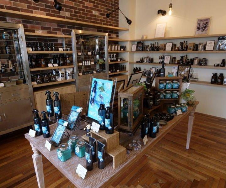 フレグランスとコーヒーの新しい世界観を提案する新業態ショップ「JOHN'S BLEND TOKYO」が原宿にオープン!ノベルティフェアも開催中