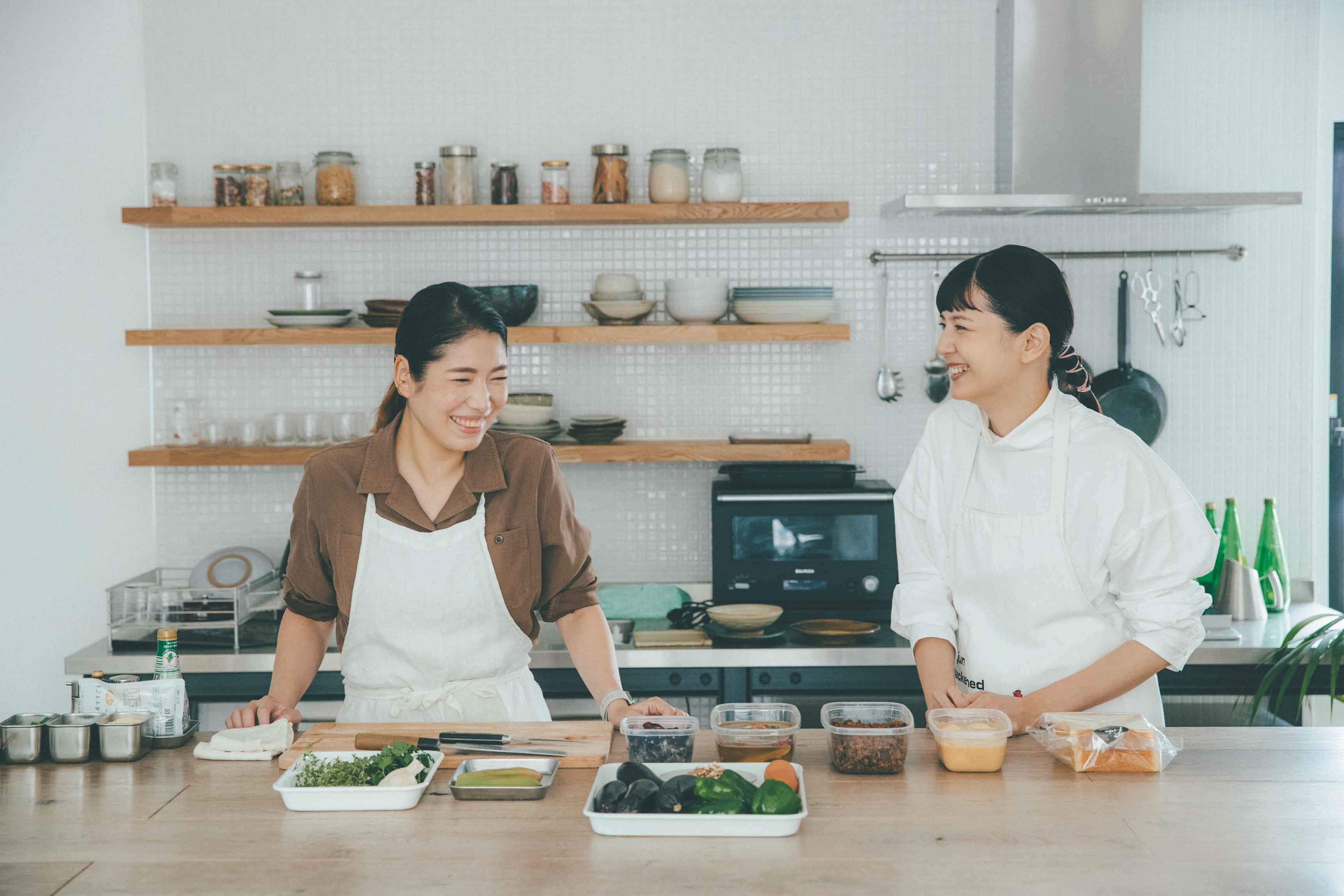 菊池亜希子さん春井春乃さんから常備菜を教わる