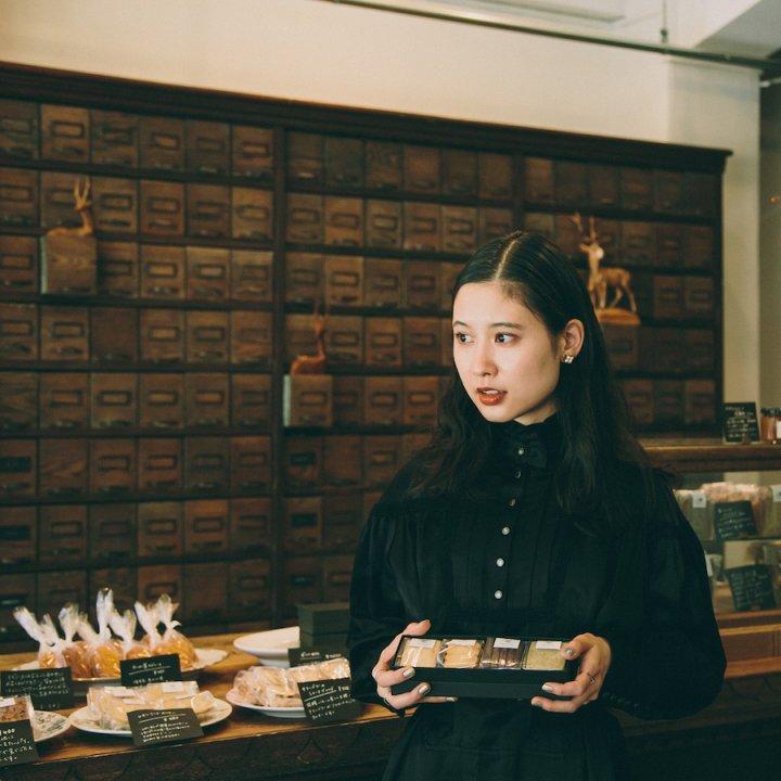 焼き菓子を並べて《菓子屋 シノノメ》【前田エマの東京ぐるり】