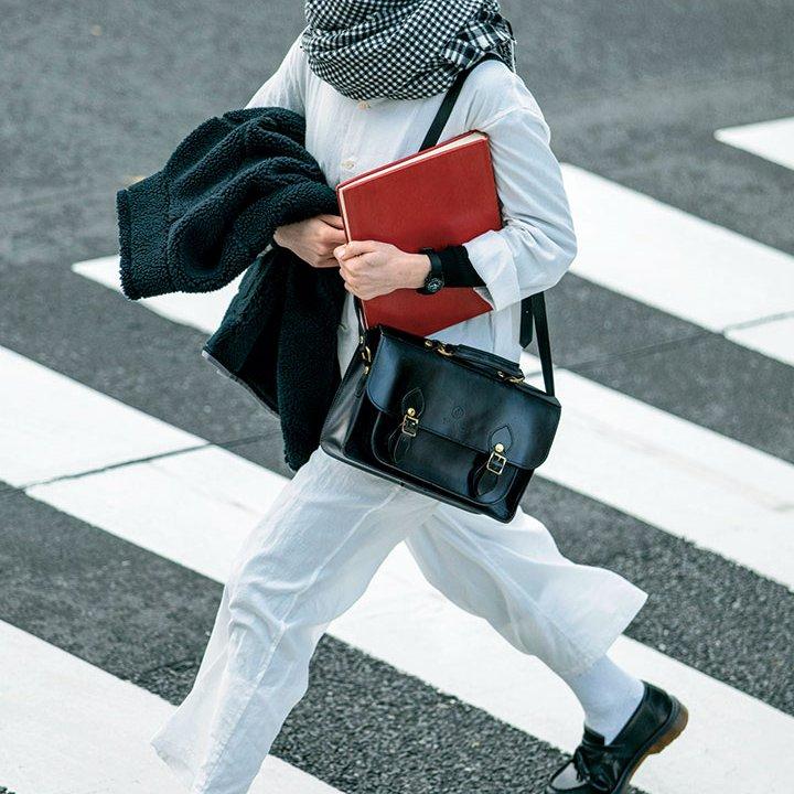 白と黒のモノトーンコーデは、柄と素材に意識して立体的な装いを【本日のFUDGE GIRL-2月24日】
