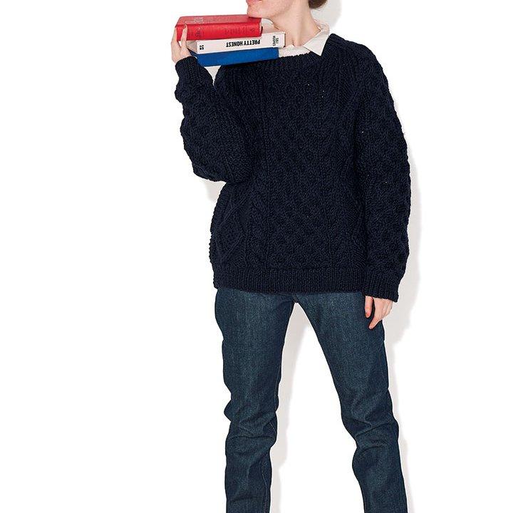 赤いスニーカーでハズすときは、ワンポイントだけ品を添えてみて【本日のFUDGE GIRL-2月21日】