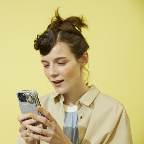 スマートなFUDGEガールにぴったりな機能性&ファッション性を兼ね備えたiPhoneケースはいかが