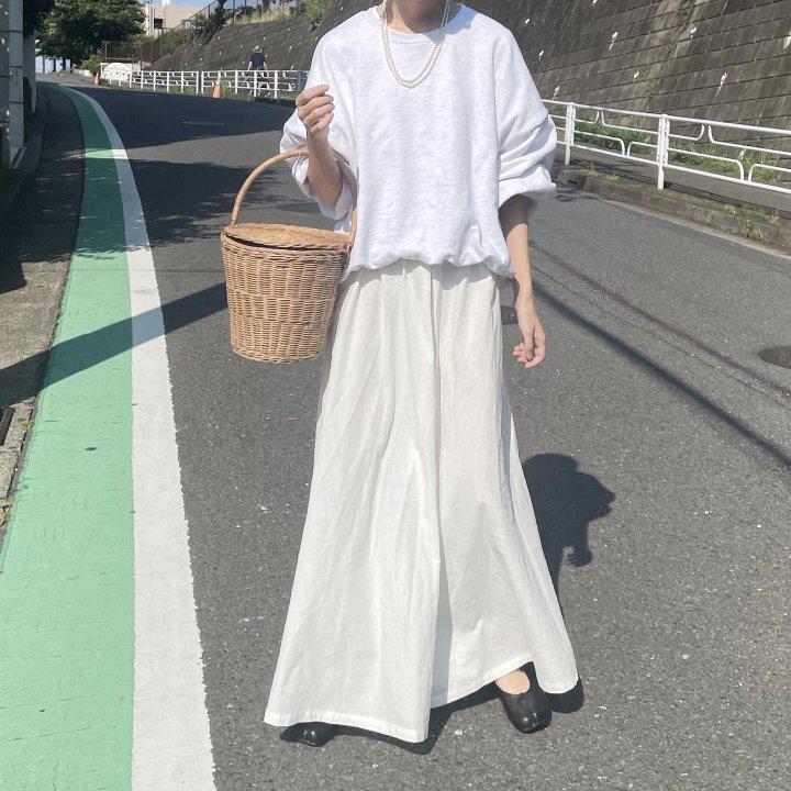 5部袖ぽわんな白ワンピースの着まわし【 FUDGENA:ayaのモノトーン着まわしdiary  vol.1 】