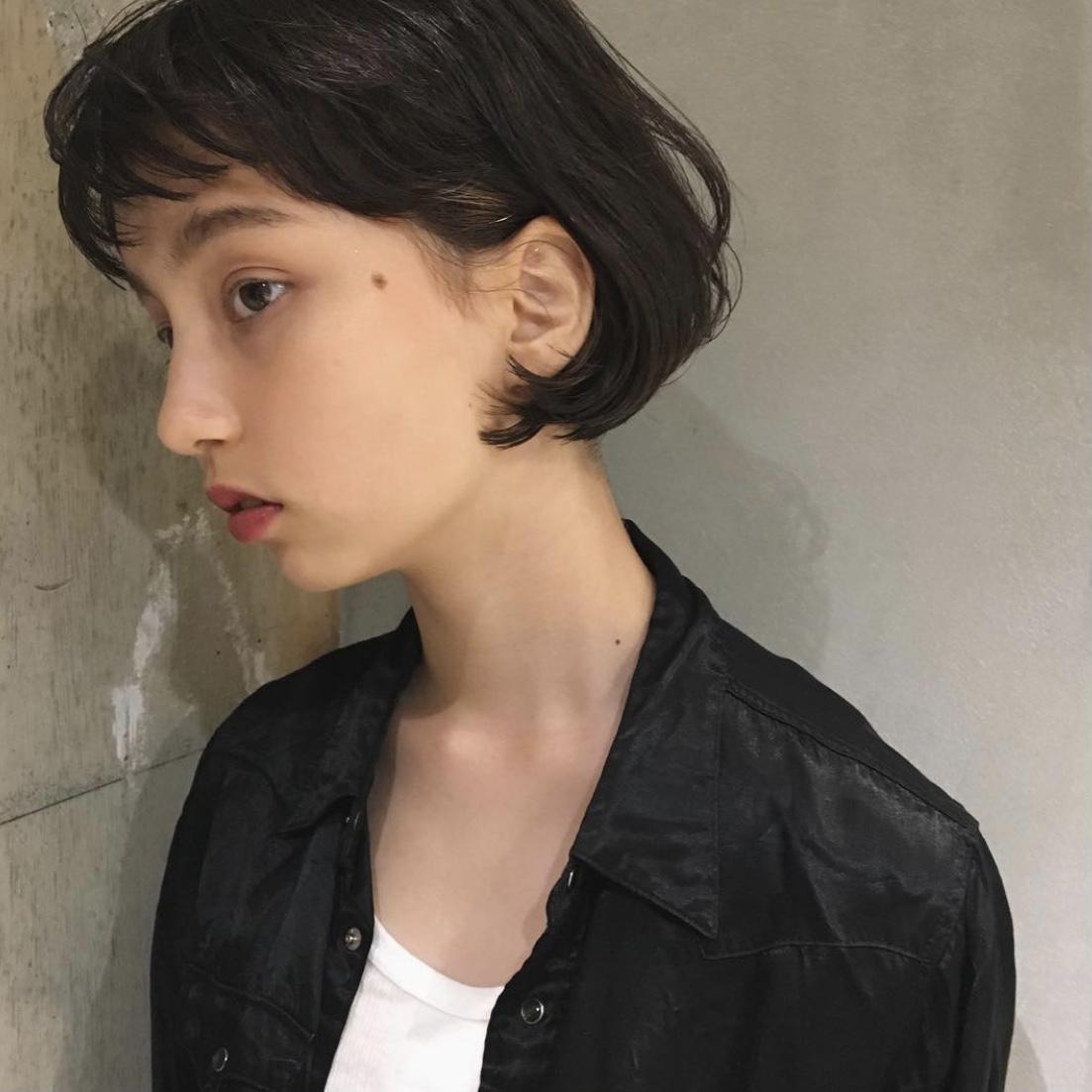 丸顔×ショートボブ