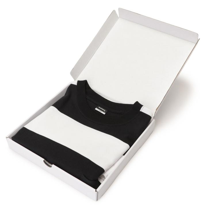 老舗デイリーウェアブランド《ヘルスニット》からコンテンポラリーなデザインを提案する新ライン、Tシャツが登場