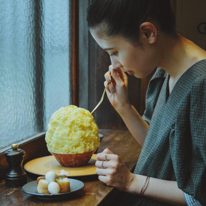 夏の古民家で《こんにゃく寿司とかき氷 KON》-幡ヶ谷/こんにゃく寿司・かき氷【前田エマの東京ぐるり】