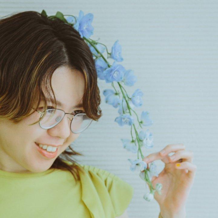 中村佳穂『竜とそばかすの姫』主人公すずとベル役の歌声に注目!少女時代から歌うこと