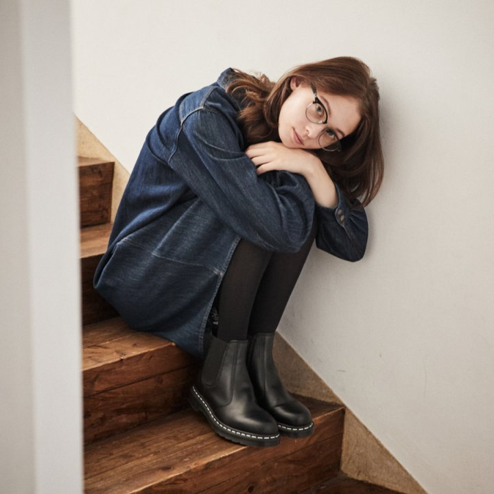 秋の訪れを感じたら、大好きなボーイズトラッド スタイルに着替えよう【FUDGE GIRLのためのアクセサリークリップス】